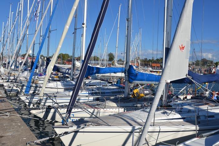 Båtarna vilar i Byxelkrok